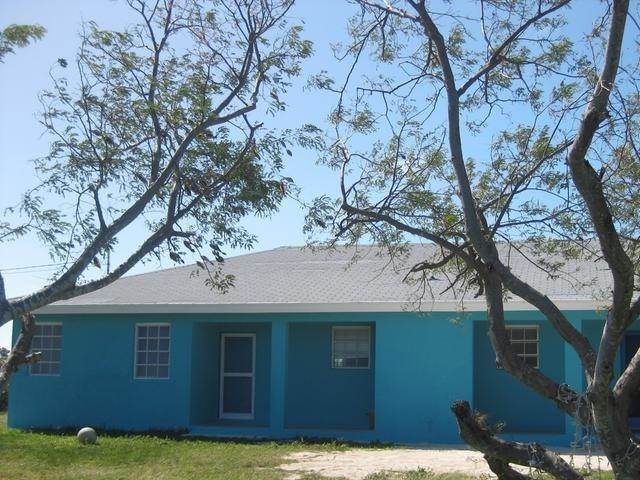 Multi-Family Homes por un Alquiler en McKanns, Long Island Bahamas