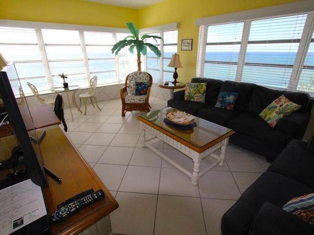 9. Condominiums for Rent at Lucaya, Freeport And Grand Bahama Bahamas