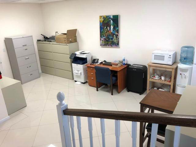 3. Commercial for Rent at Cable Beach, Nassau And Paradise Island Bahamas