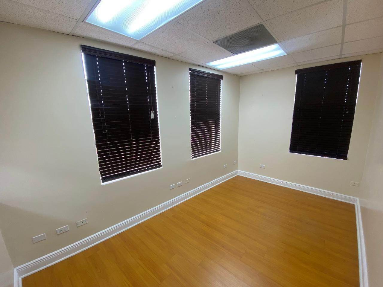 8. Commercial for Rent at Downtown, Nassau And Paradise Island Bahamas