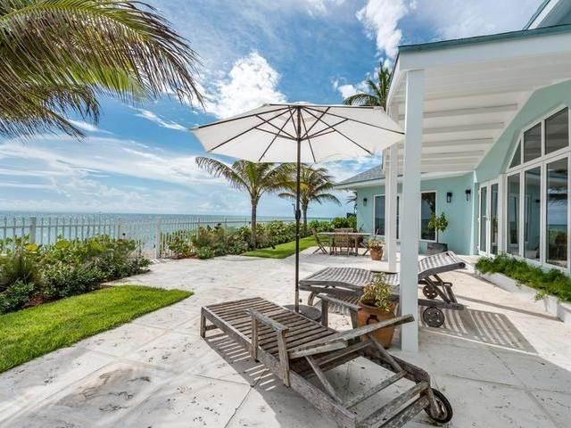 Single Family Homes for Sale at Coral Harbour, Nassau And Paradise Island Bahamas