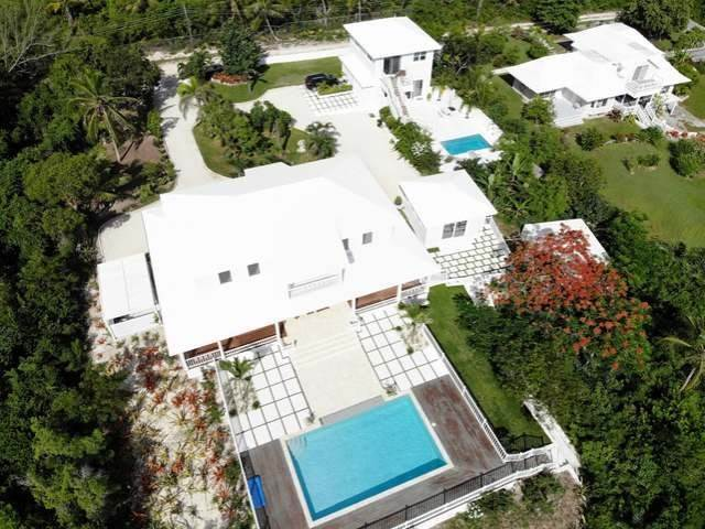 Single Family Homes por un Venta en Banks Road, Governors Harbour, Eleuthera Bahamas