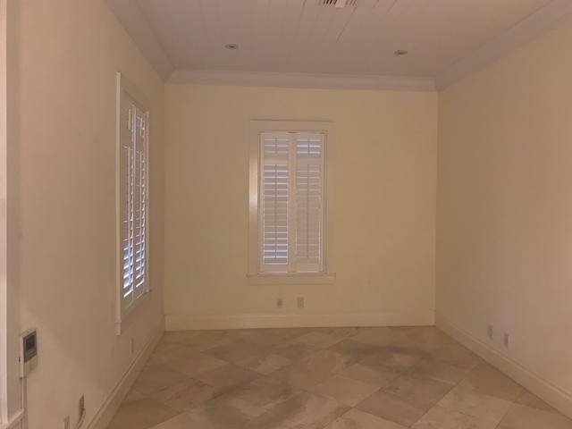 10. Commercial for Rent at Old Fort Bay, Nassau And Paradise Island Bahamas