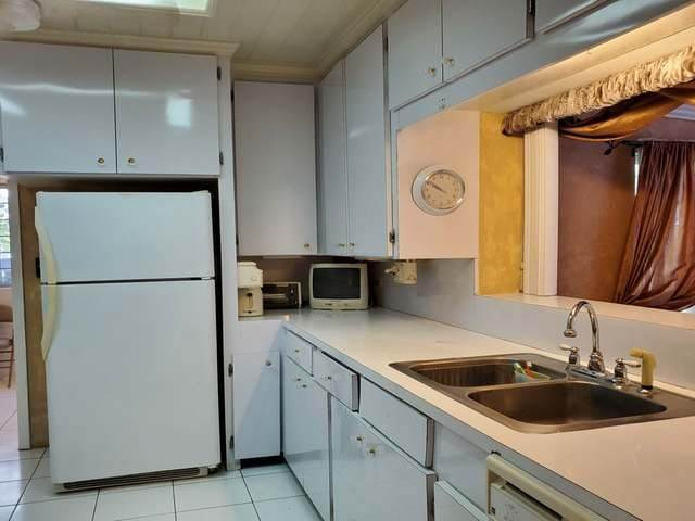 16. Single Family Homes for Rent at Monastery Park, Nassau And Paradise Island Bahamas