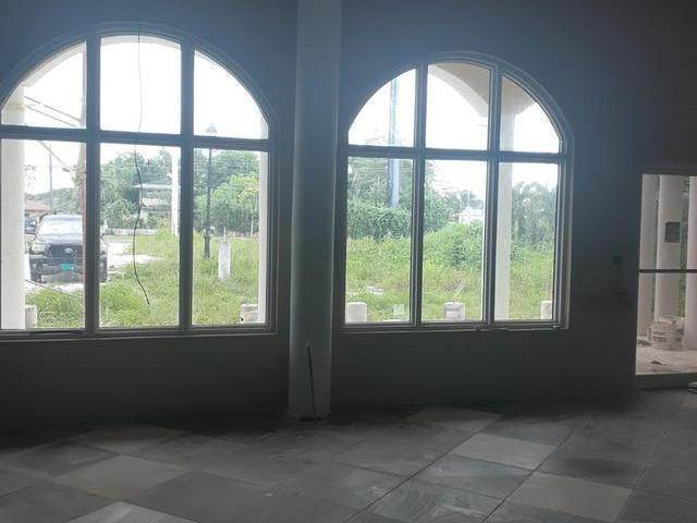 2. Commercial for Rent at Carmichael Road, Nassau And Paradise Island Bahamas
