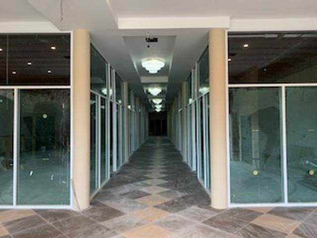 3. Commercial for Rent at Carmichael Road, Nassau And Paradise Island Bahamas
