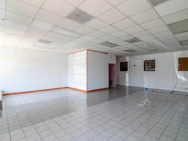 2. Commercial for Rent at Market Street, Nassau And Paradise Island Bahamas