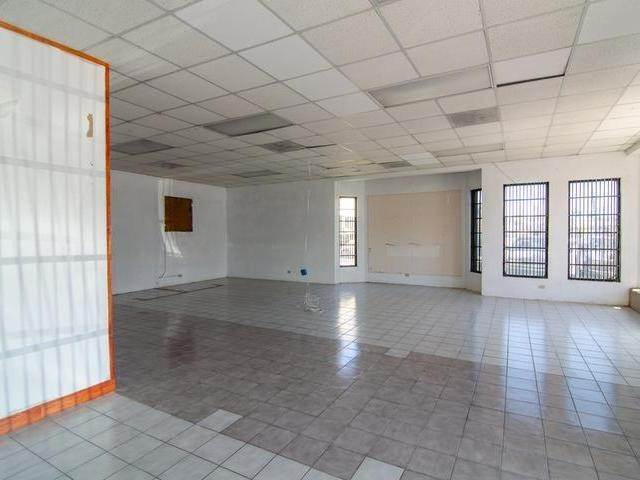 3. Commercial for Rent at Market Street, Nassau And Paradise Island Bahamas