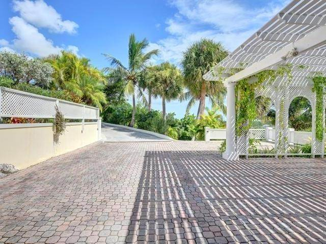 38. Single Family Homes for Rent at Lyford Cay, Nassau And Paradise Island Bahamas