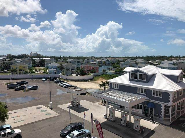 26. Condominiums for Rent at Sandyport Olde Town, Cable Beach, Nassau And Paradise Island Bahamas