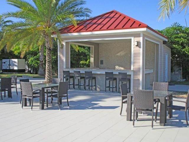 18. Condominiums for Rent at Venetian West, Nassau And Paradise Island Bahamas