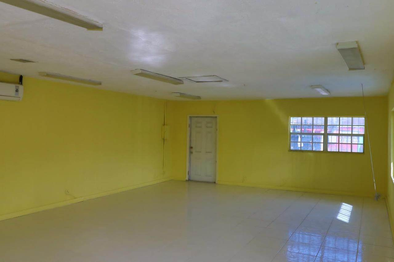 3. Commercial for Rent at East Street, Nassau And Paradise Island Bahamas
