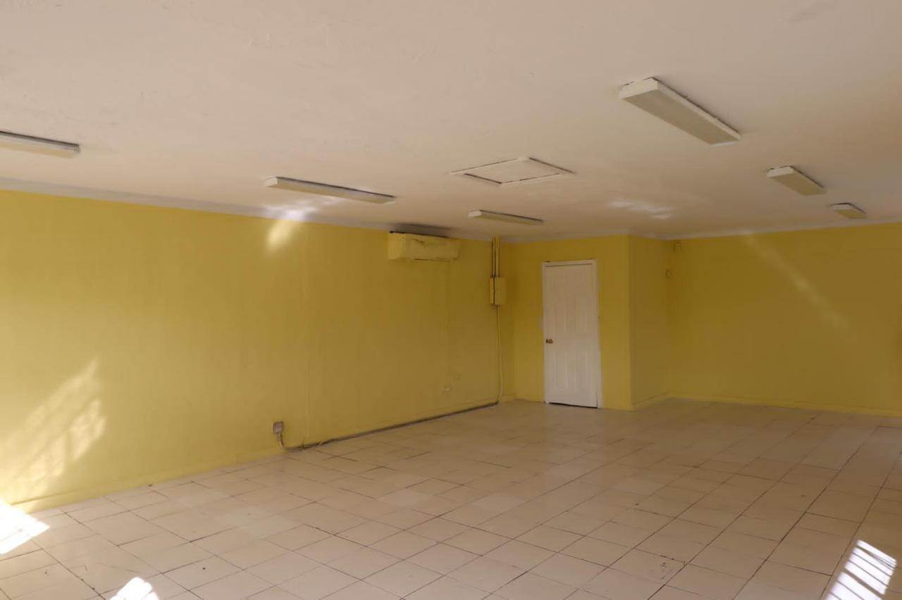 4. Commercial for Rent at East Street, Nassau And Paradise Island Bahamas