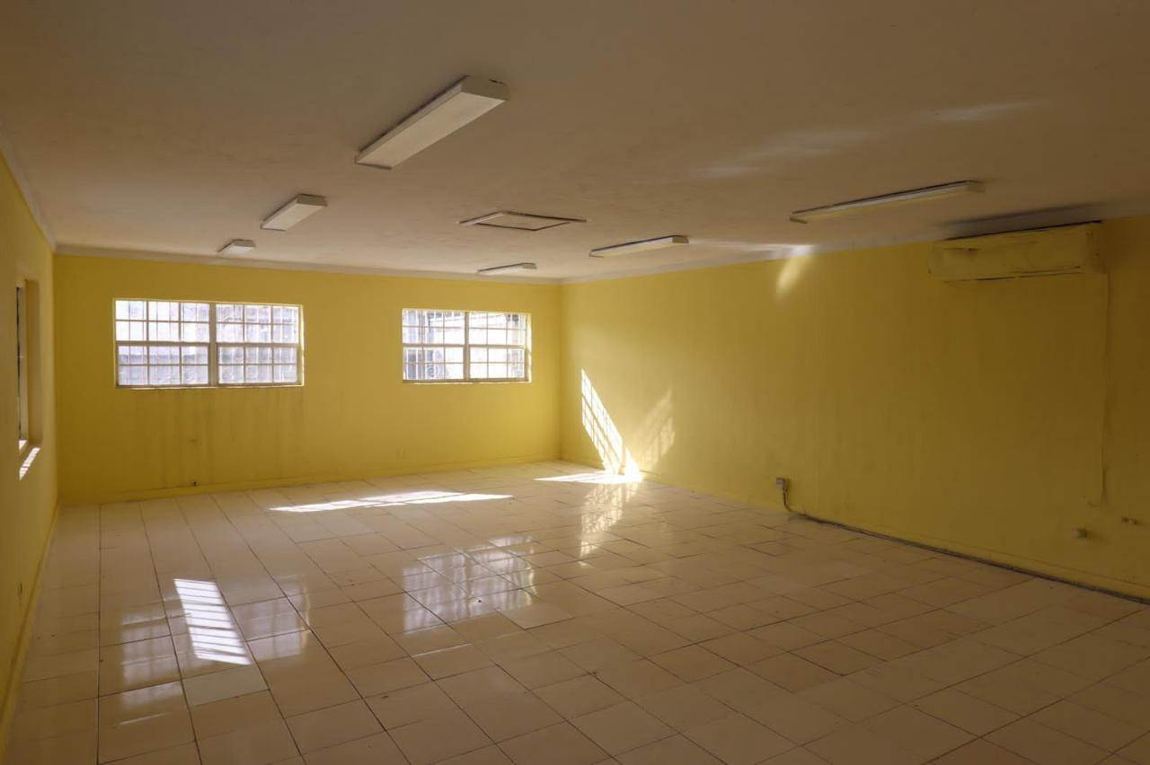 5. Commercial for Rent at East Street, Nassau And Paradise Island Bahamas