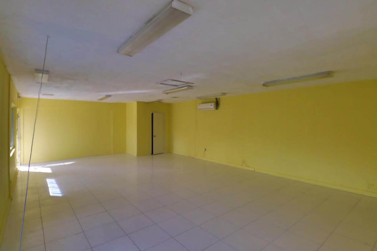 7. Commercial for Rent at East Street, Nassau And Paradise Island Bahamas