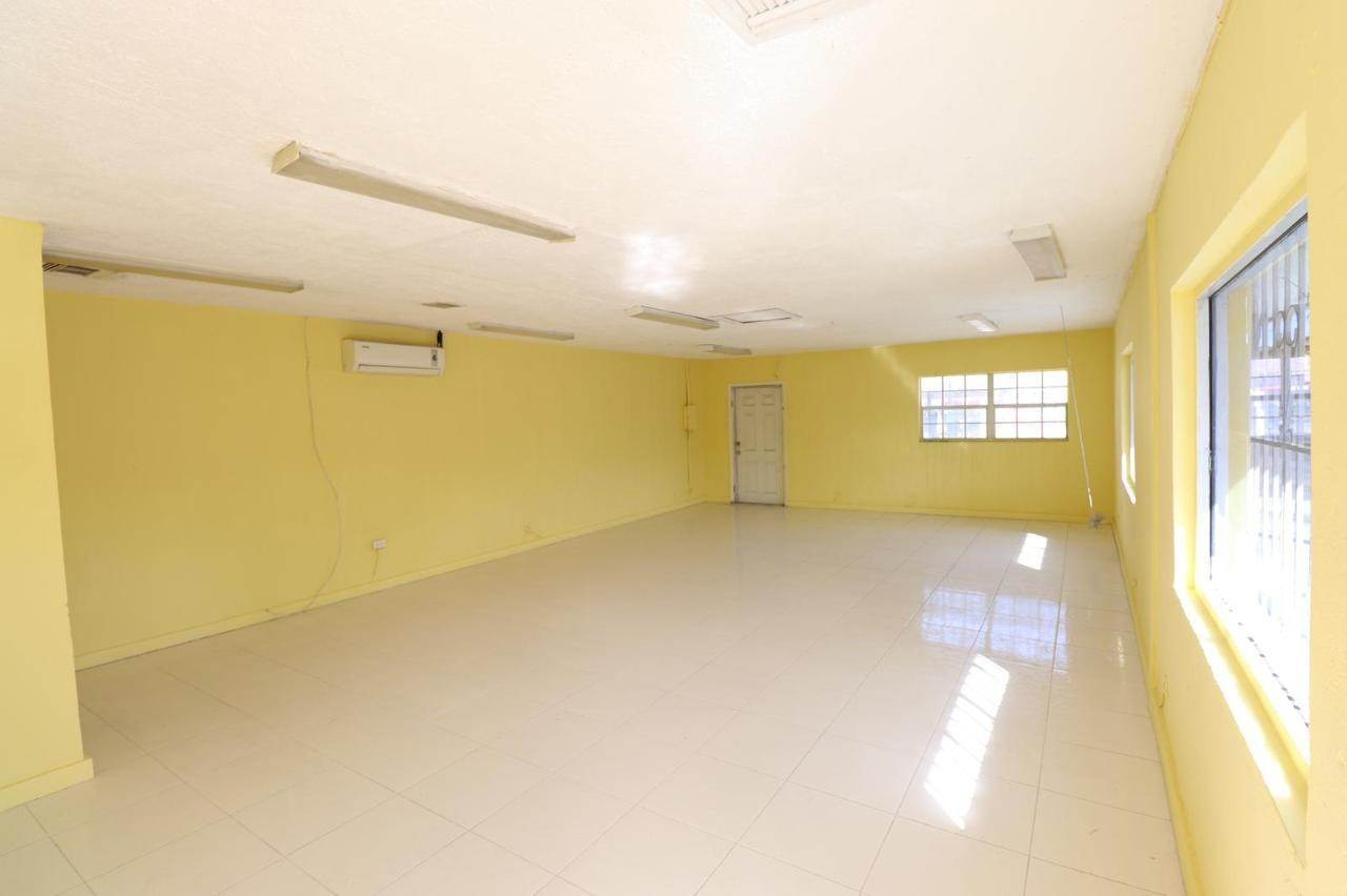 8. Commercial for Rent at East Street, Nassau And Paradise Island Bahamas