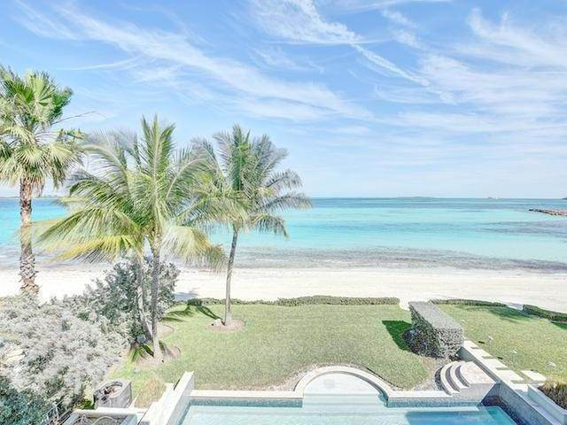 24. Single Family Homes for Rent at Ocean Club Estates, Paradise Island, Nassau And Paradise Island Bahamas
