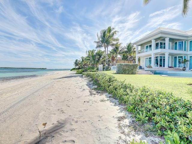 27. Single Family Homes for Rent at Ocean Club Estates, Paradise Island, Nassau And Paradise Island Bahamas