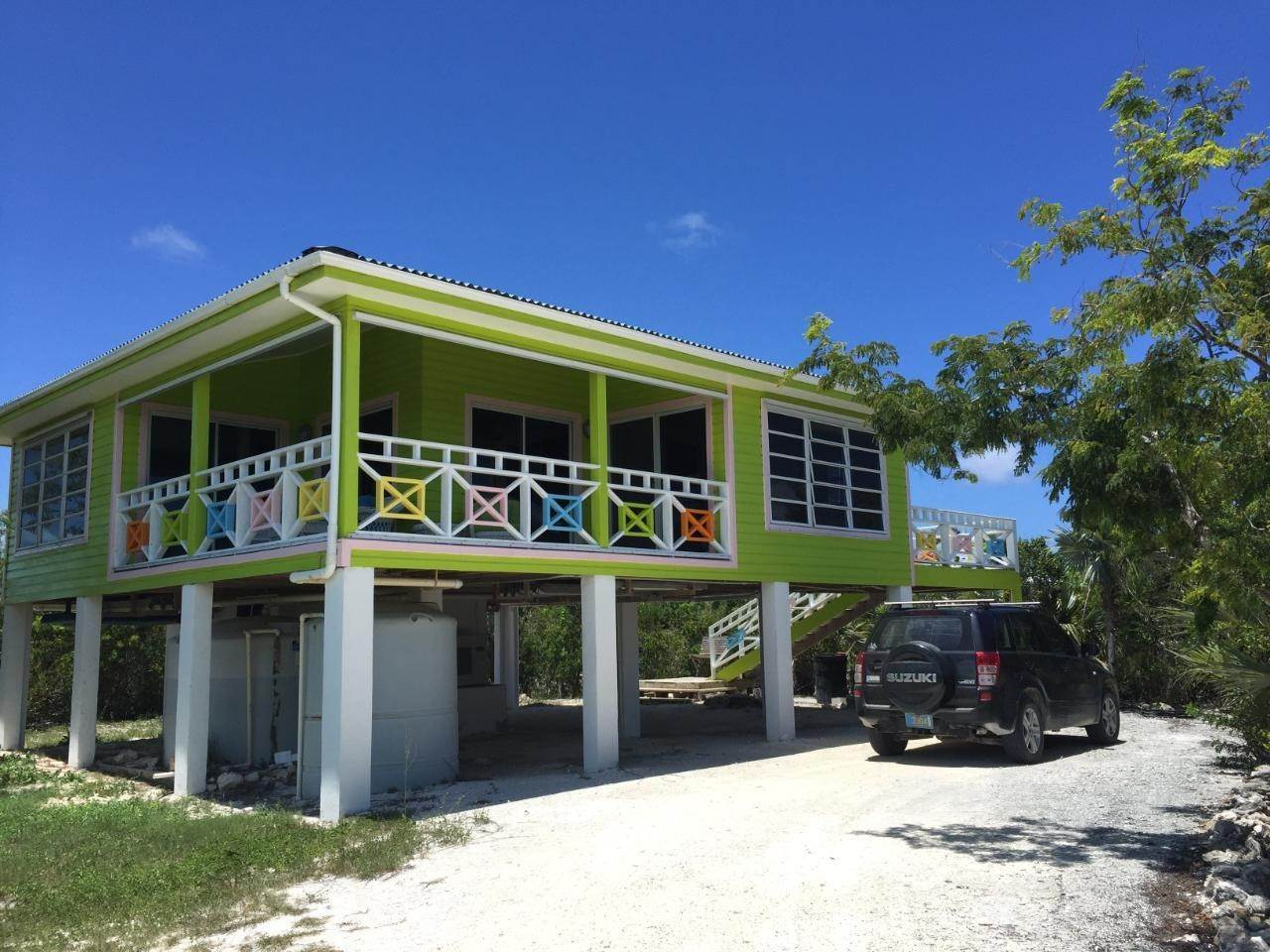 Single Family Homes por un Venta en Wemyss Settlement, Long Island Bahamas