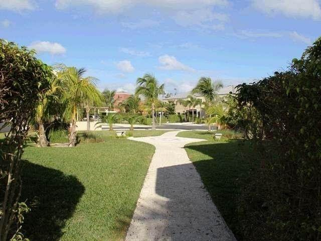 32. Condominiums for Rent at Turnberry, Charlotteville, Nassau And Paradise Island Bahamas