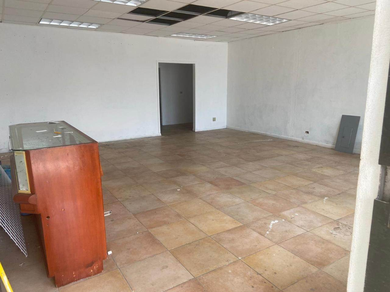 6. Commercial for Rent at Mackey Street, Nassau And Paradise Island Bahamas