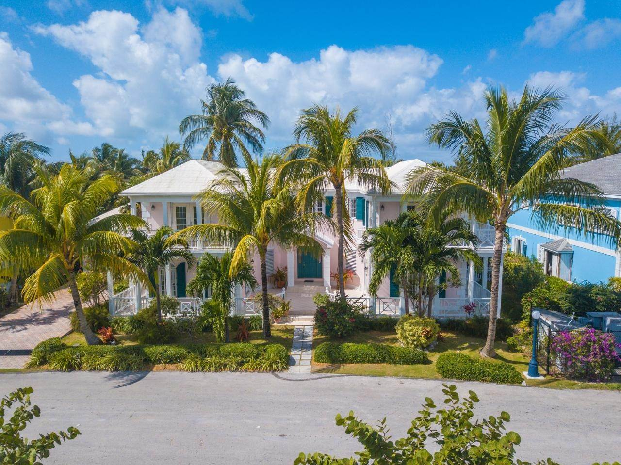 30. Single Family Homes for Rent at Sandyport, Cable Beach, Nassau And Paradise Island Bahamas