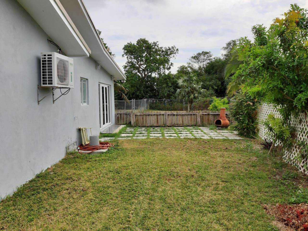5. Single Family Homes por un Alquiler en Freeport, Gran Bahama Freeport Bahamas