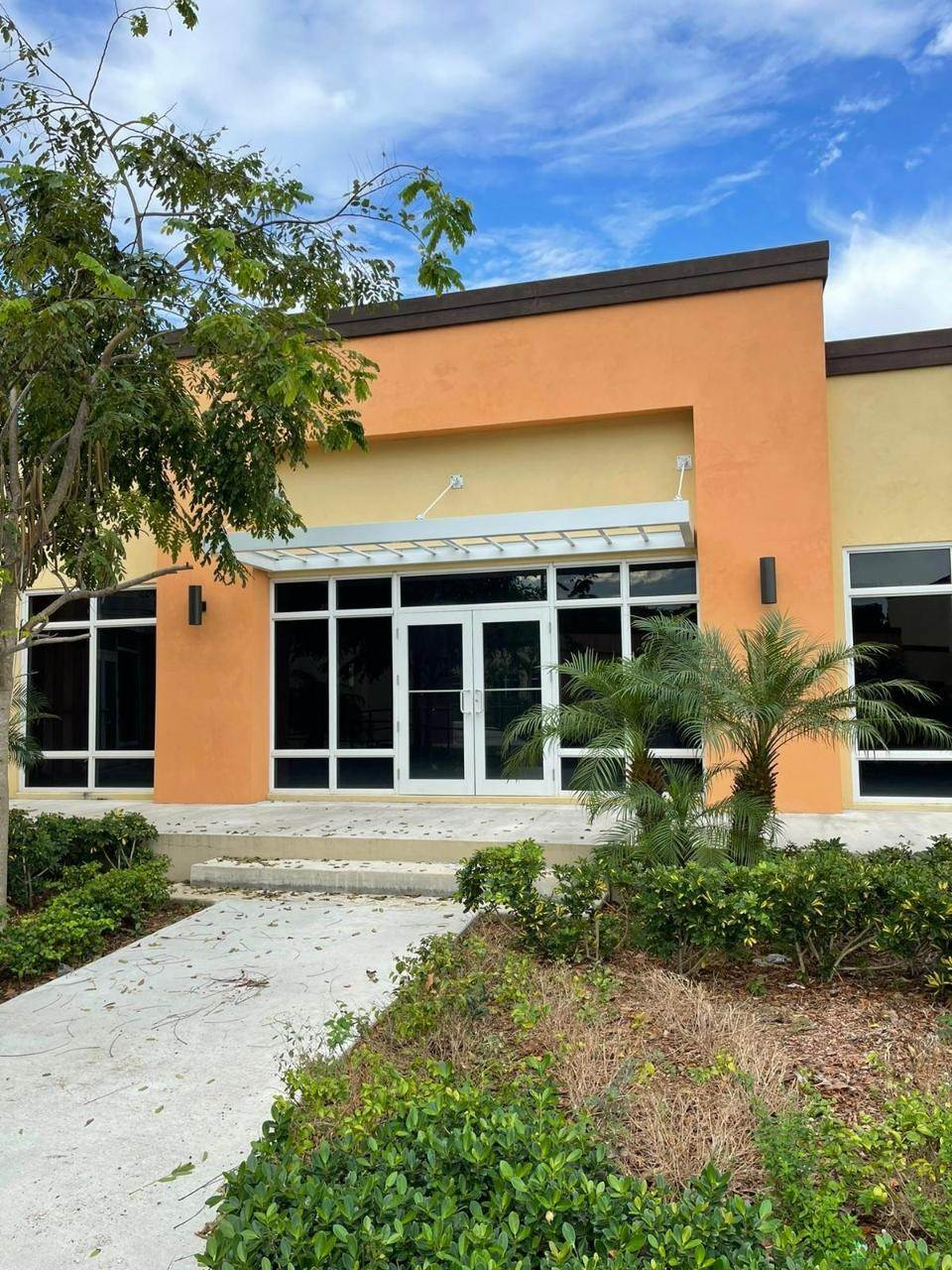 Commercial for Rent at Bernard Road, Nassau And Paradise Island Bahamas