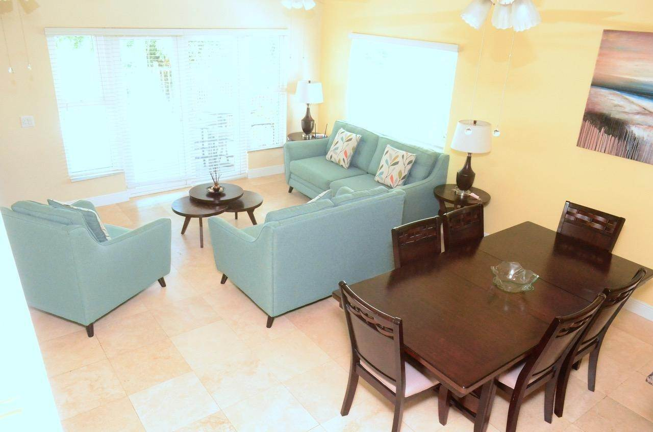 27. Single Family Homes for Rent at Fortune Beach, Freeport And Grand Bahama Bahamas