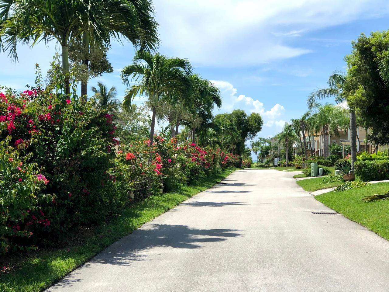 8. Single Family Homes for Rent at Fortune Beach, Freeport And Grand Bahama Bahamas