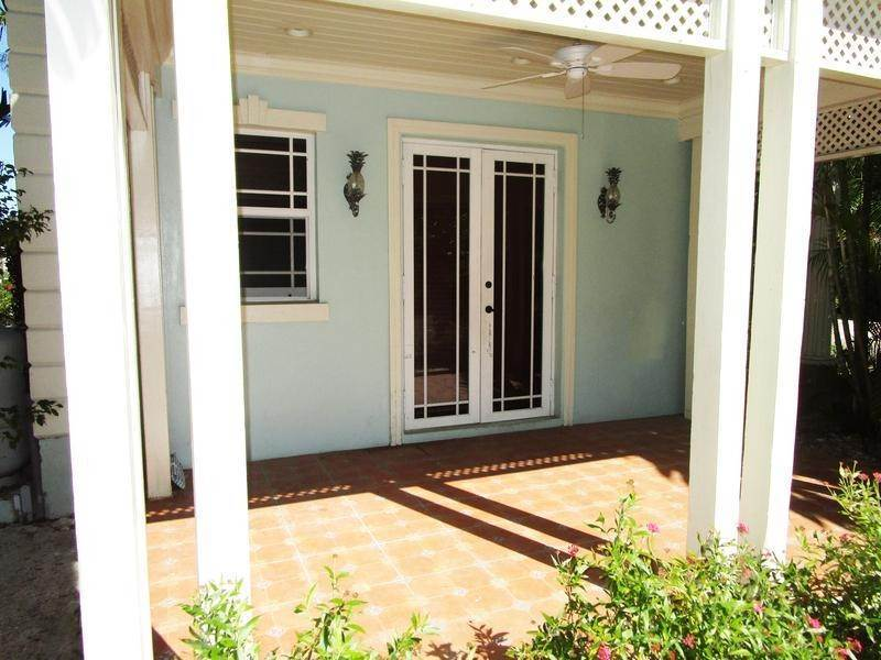 18. Single Family Homes for Rent at Sandyport, Cable Beach, Nassau And Paradise Island Bahamas