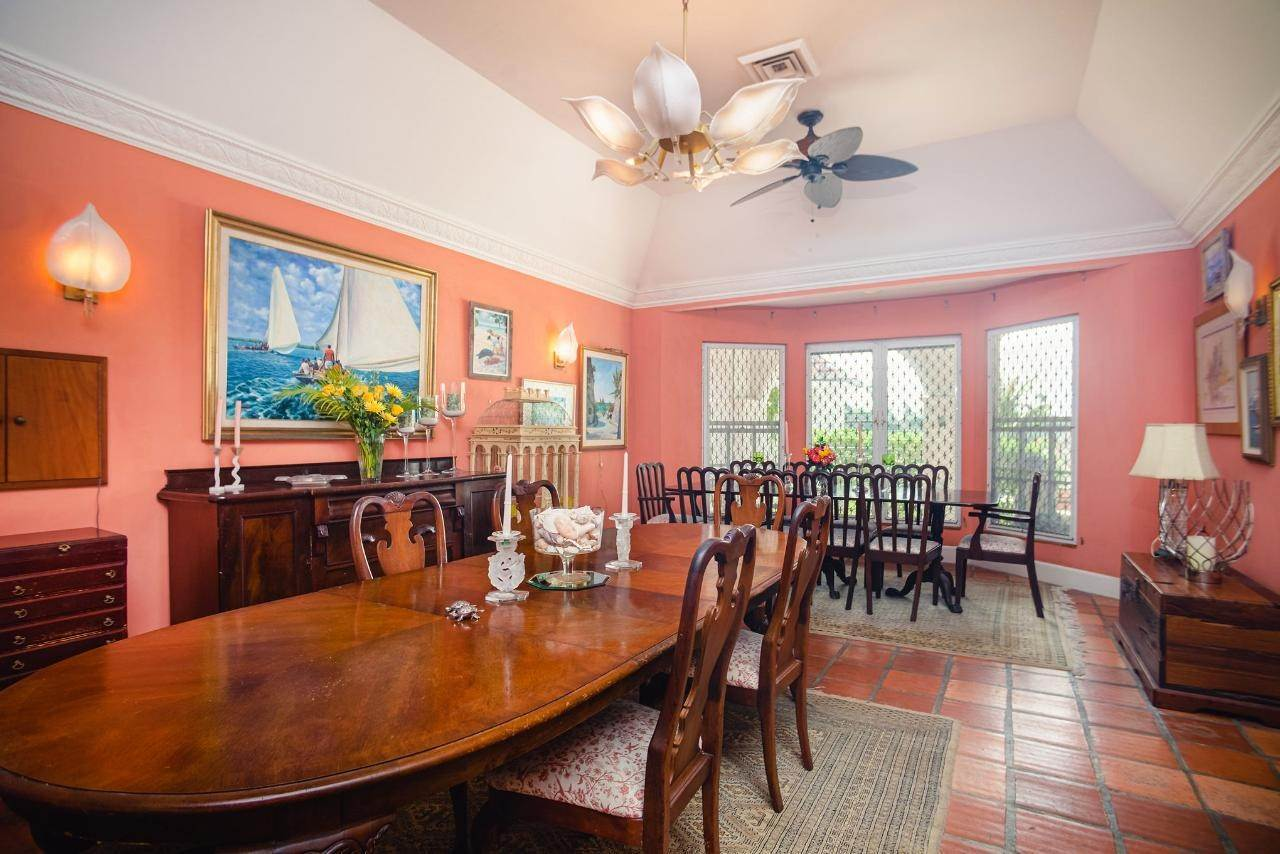 12. Single Family Homes for Sale at Lyford Cay, Nassau And Paradise Island Bahamas