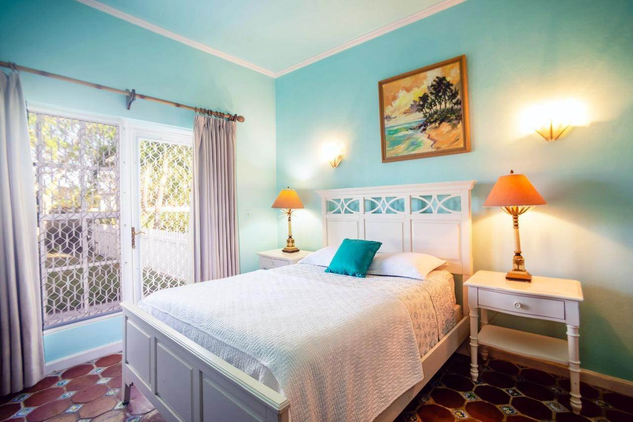17. Single Family Homes for Sale at Lyford Cay, Nassau And Paradise Island Bahamas