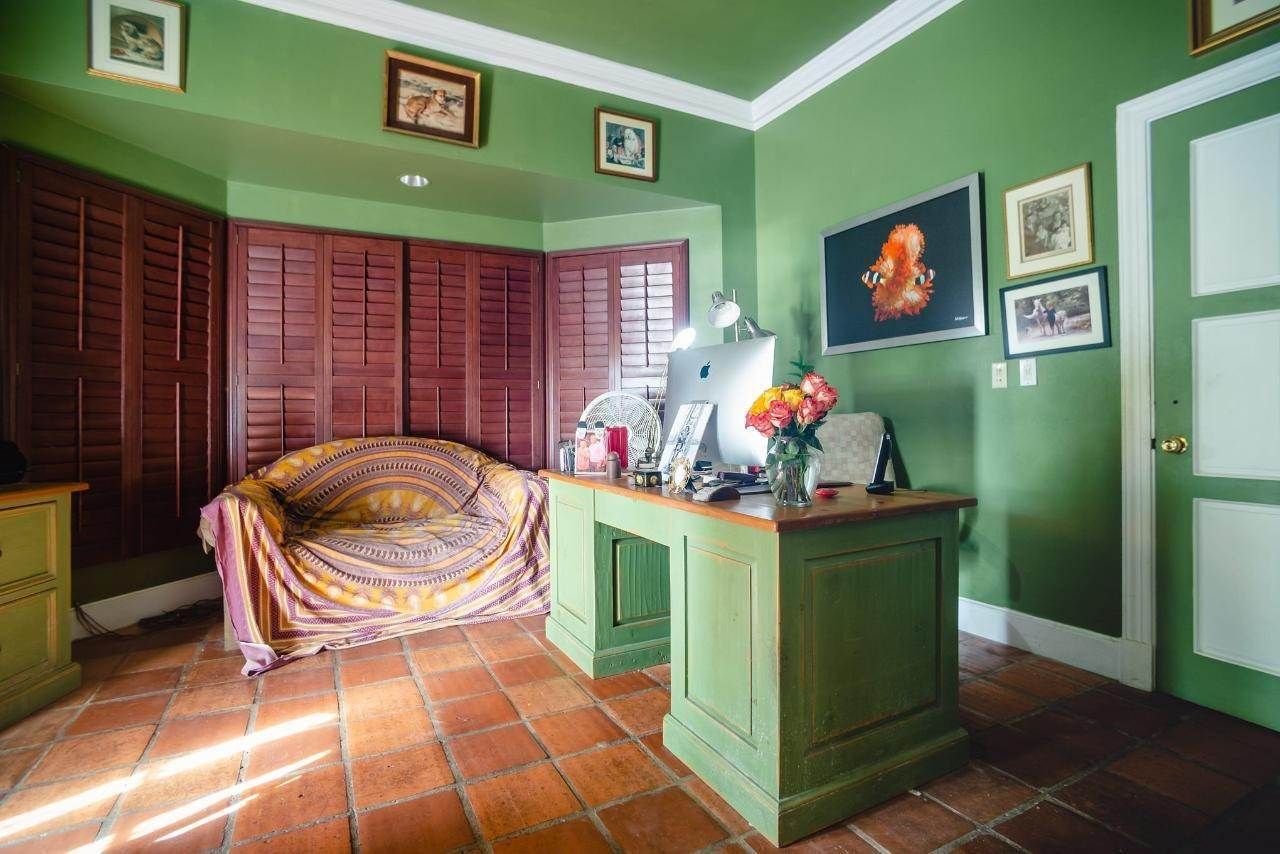 19. Single Family Homes for Sale at Lyford Cay, Nassau And Paradise Island Bahamas