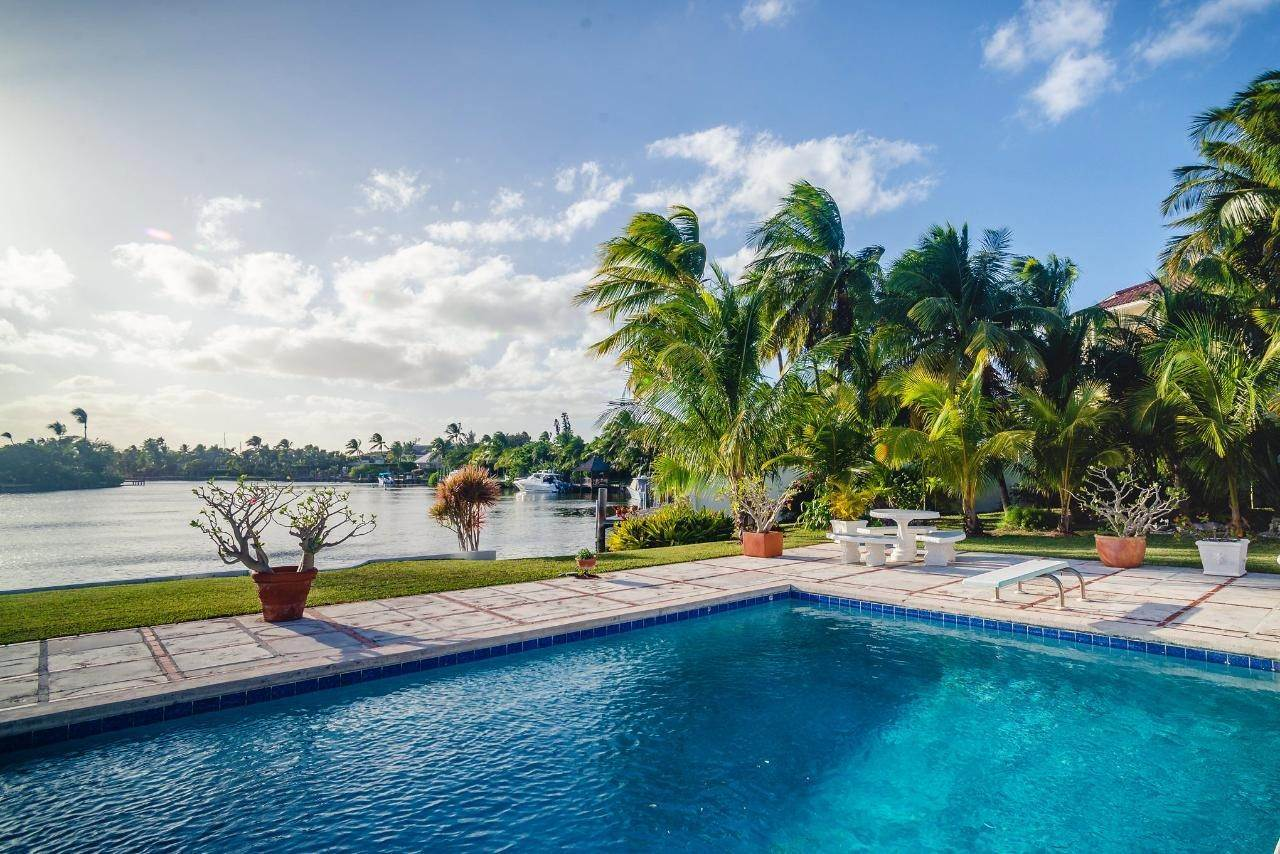 27. Single Family Homes for Sale at Lyford Cay, Nassau And Paradise Island Bahamas