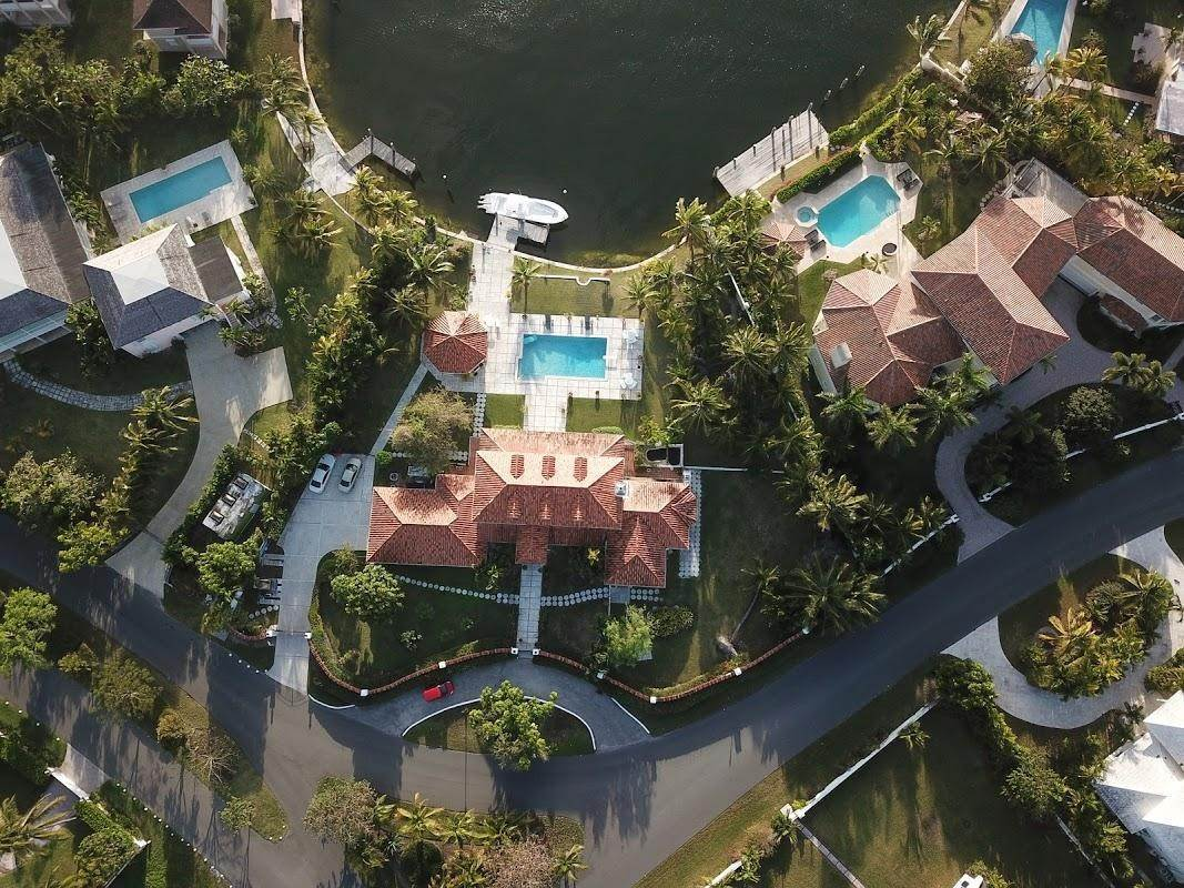 3. Single Family Homes for Sale at Lyford Cay, Nassau And Paradise Island Bahamas