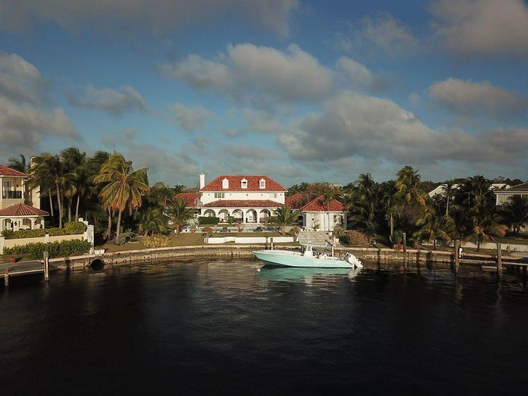 32. Single Family Homes for Sale at Lyford Cay, Nassau And Paradise Island Bahamas