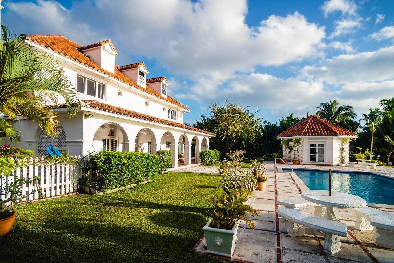 6. Single Family Homes for Sale at Lyford Cay, Nassau And Paradise Island Bahamas