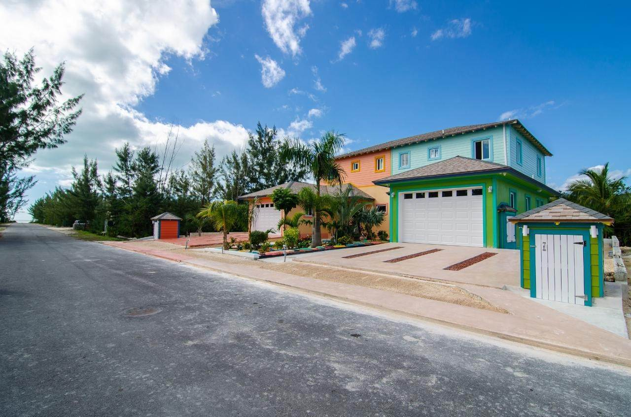 9. Multi-Family Homes for Rent at Bacardi Road, Nassau And Paradise Island Bahamas