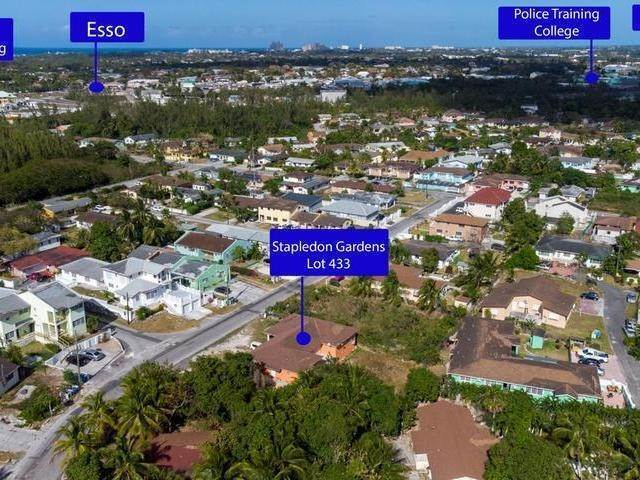 Multi-Family Homes for Sale at Stapledon Gardens, Nassau And Paradise Island Bahamas