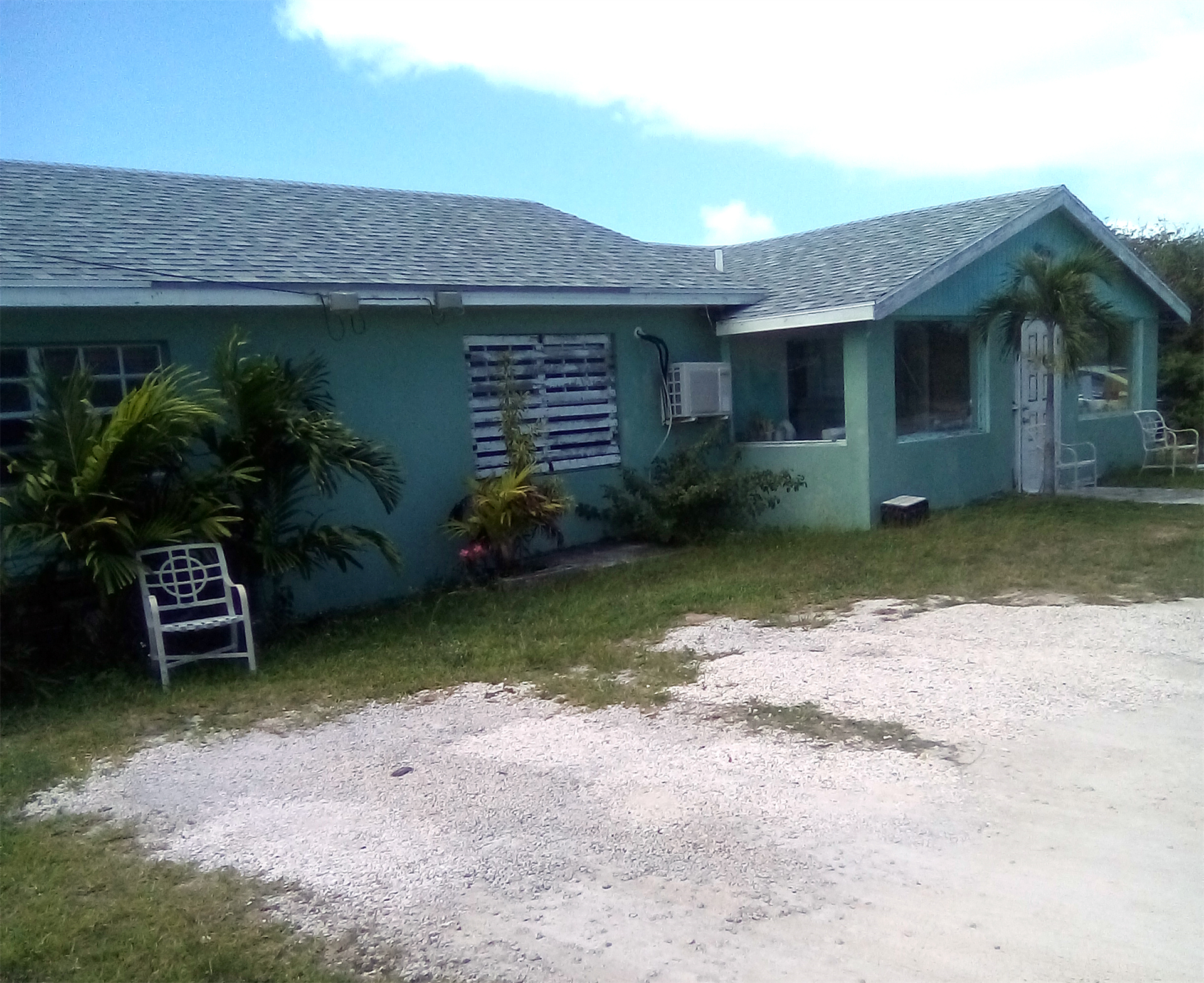 Apartments for Sale at Queen's Highway Hamiltons, Long Island Bahamas